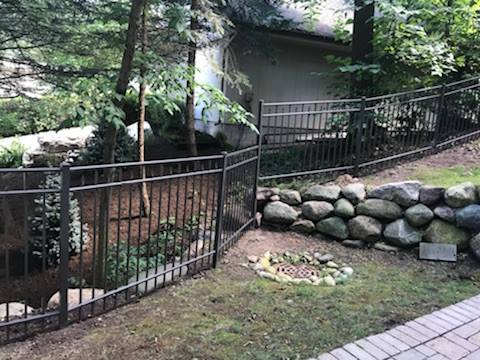 Trusted Since 1978. - Welcome to Complete Fence. Serving the Chicagoland area our family-owned business operates based on three principles: Selecting only the highest quality material in the industry; leveraging our craftsmanship and expertise in planning and installing fences; and providing every customer with