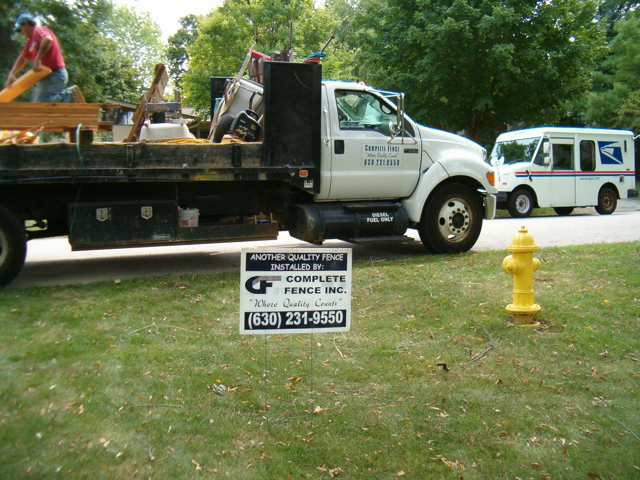 C10301 Delemarter - 6'H Solid Board ST - Complete fence yard sign.JPG
