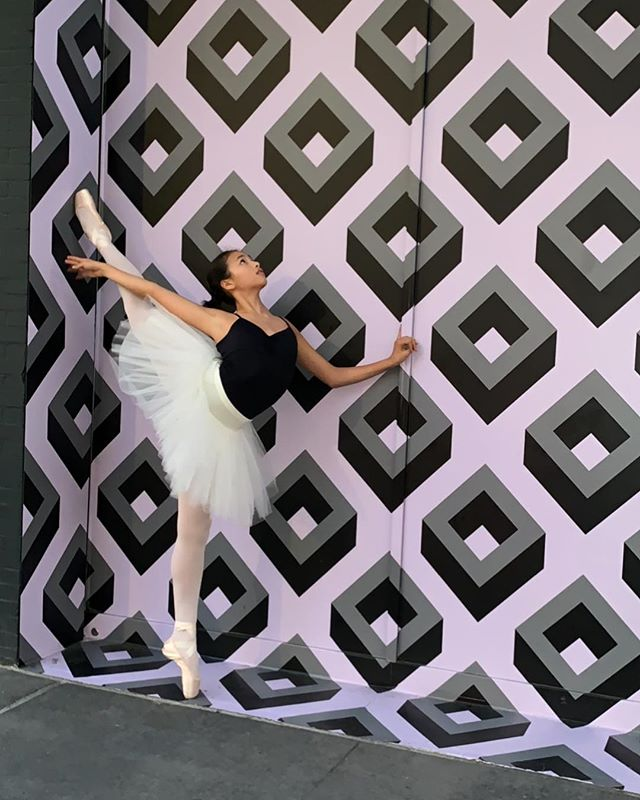 Wishing for warmer weather 🌞 🌞 🌞 @thepointeshop @grishkonyc309  #dancer #ballerina #ballet #athlete #yoga #saturday #spring #art #tutu #aspire #movement #create #fitness #healthy #love #happy #pointe #vegan #thepointeshop