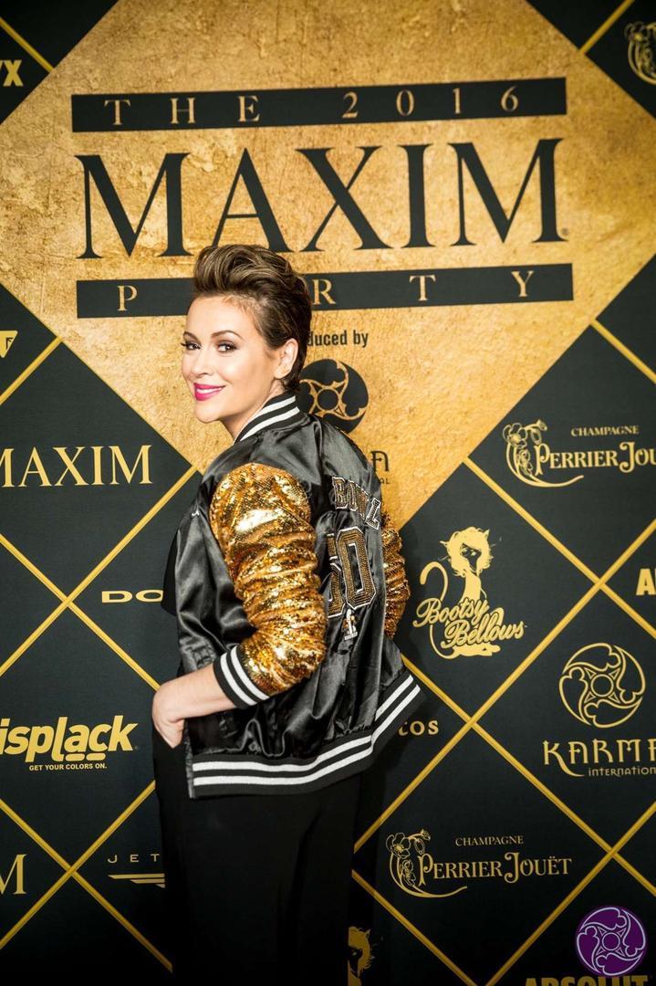 Alyssa Milano arrives at the 2016 Maxim Super Bowl Party