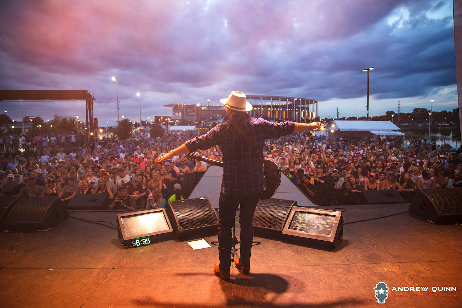 Wade Bowen performs at the 21st annual Bowen MusicFest 2019