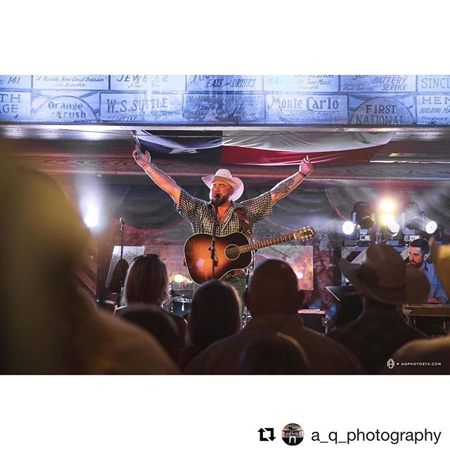 "🔥 by @a_q_photography ▪️ #Repost  @a_q_photography with @get_repost ・・・ ""What's a girl like you doin' here all alone?"" ▪️ ▪️ ▪️ Josh Ward // Gruene Hall // New Braunfels, TX • • • #photography #music #concertphotography #supportlivemusic #seeyouattheshow #livemusic #videography #canon #newbraunfels #nbtx #igtexas #texas #rdhcrep #tourphotographer #texasmusicphotographers #rdhcrep #JOSHWARD #YOUDON'THAVETOBELONELY #GRUENEHALL #SOLDOUT #GRUENE #GRUENETX #GTX"