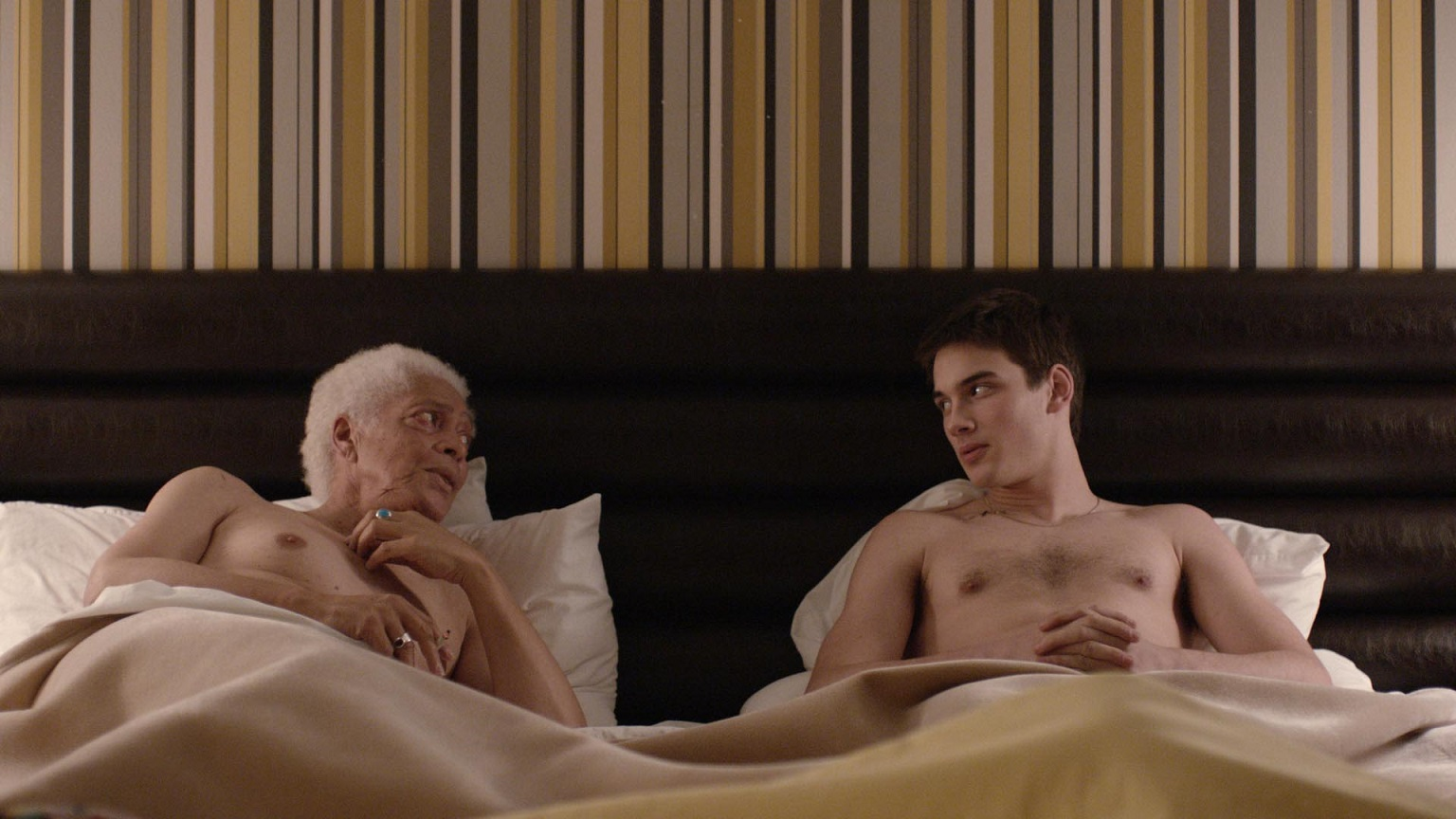 18_GERONTOPHILIA_Filmoption©2013_screengrab.jpg