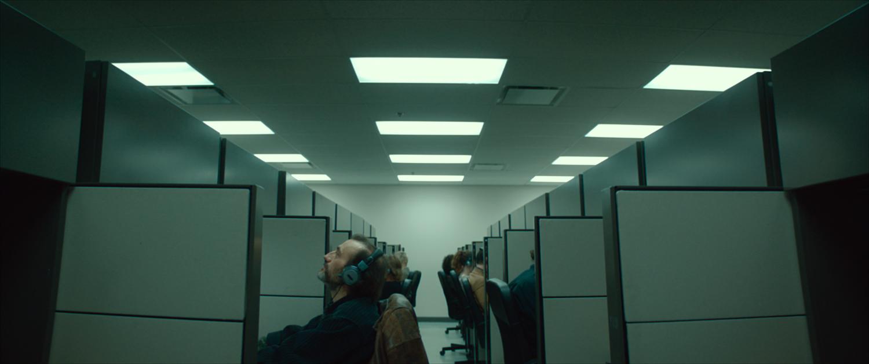 6_ATC_Yves à son cubicule - ©Ian.Lagarde_1.315.1.jpg