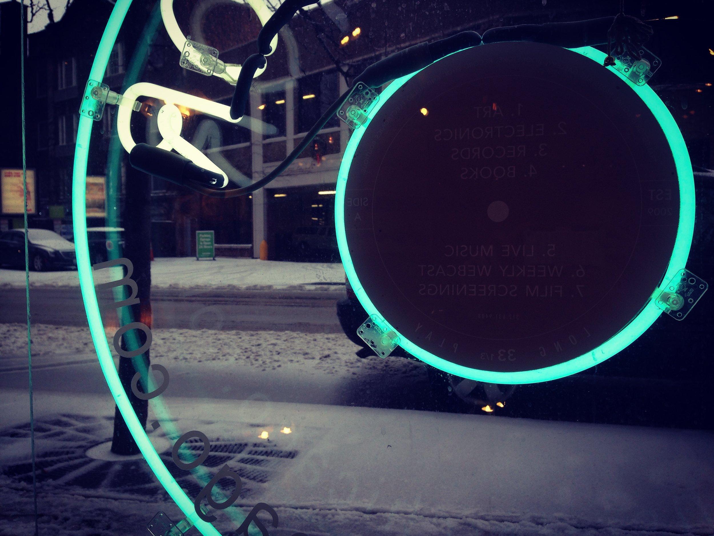 Neon3441.jpg