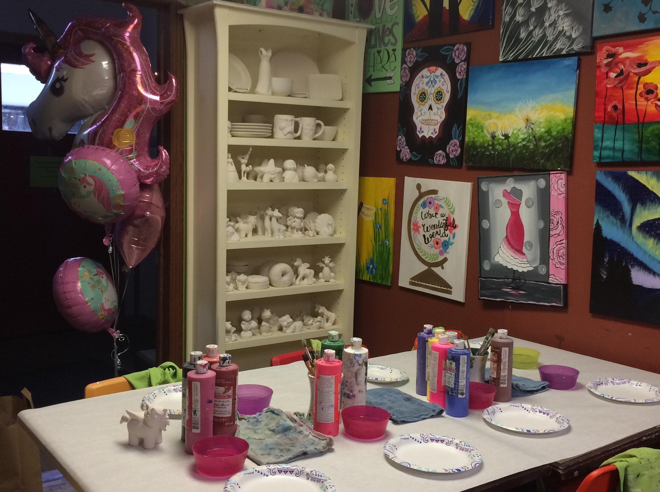 SCOUTS! - We love to party at KCAP Studio and we know how great our kid's troops are!! Have the Scouts come together to express their creativity while earning some art badges!