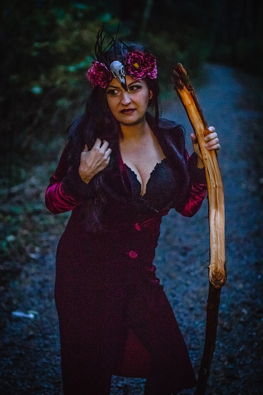 witchy-themed-photo-session-sitka-ak.jpg