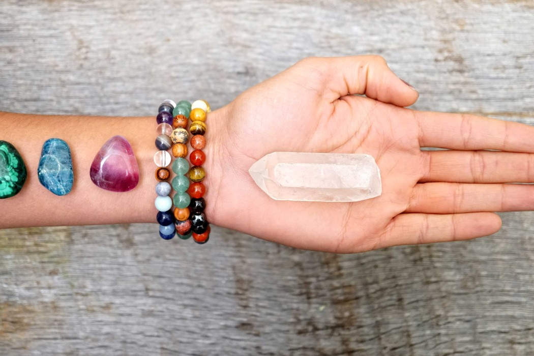 Crystals-to-change-your-life-chakra-bracelets-stones-by-peaceful-island-com.jpg