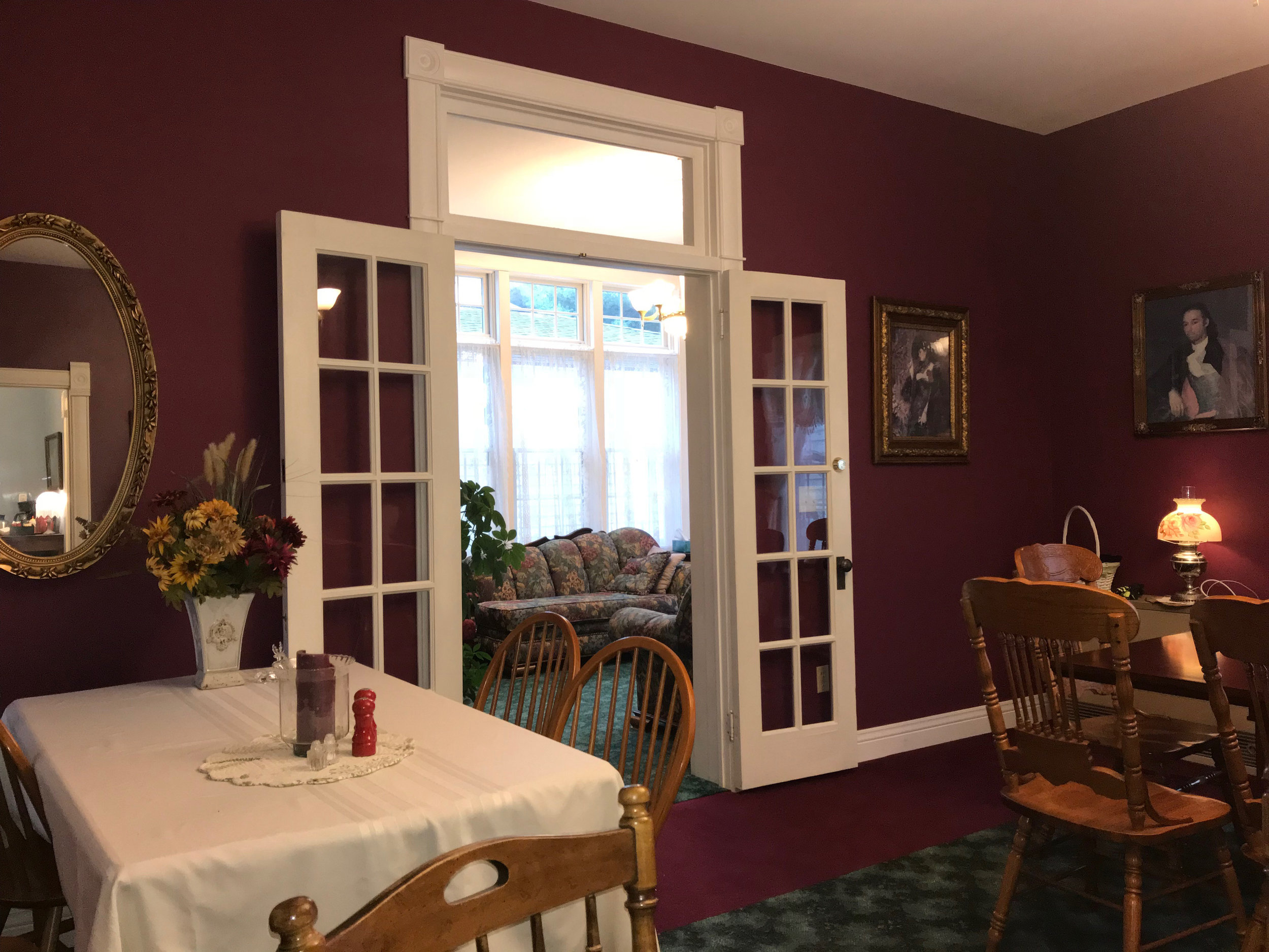 Dining Room at Andor Wenneson Historic Inn