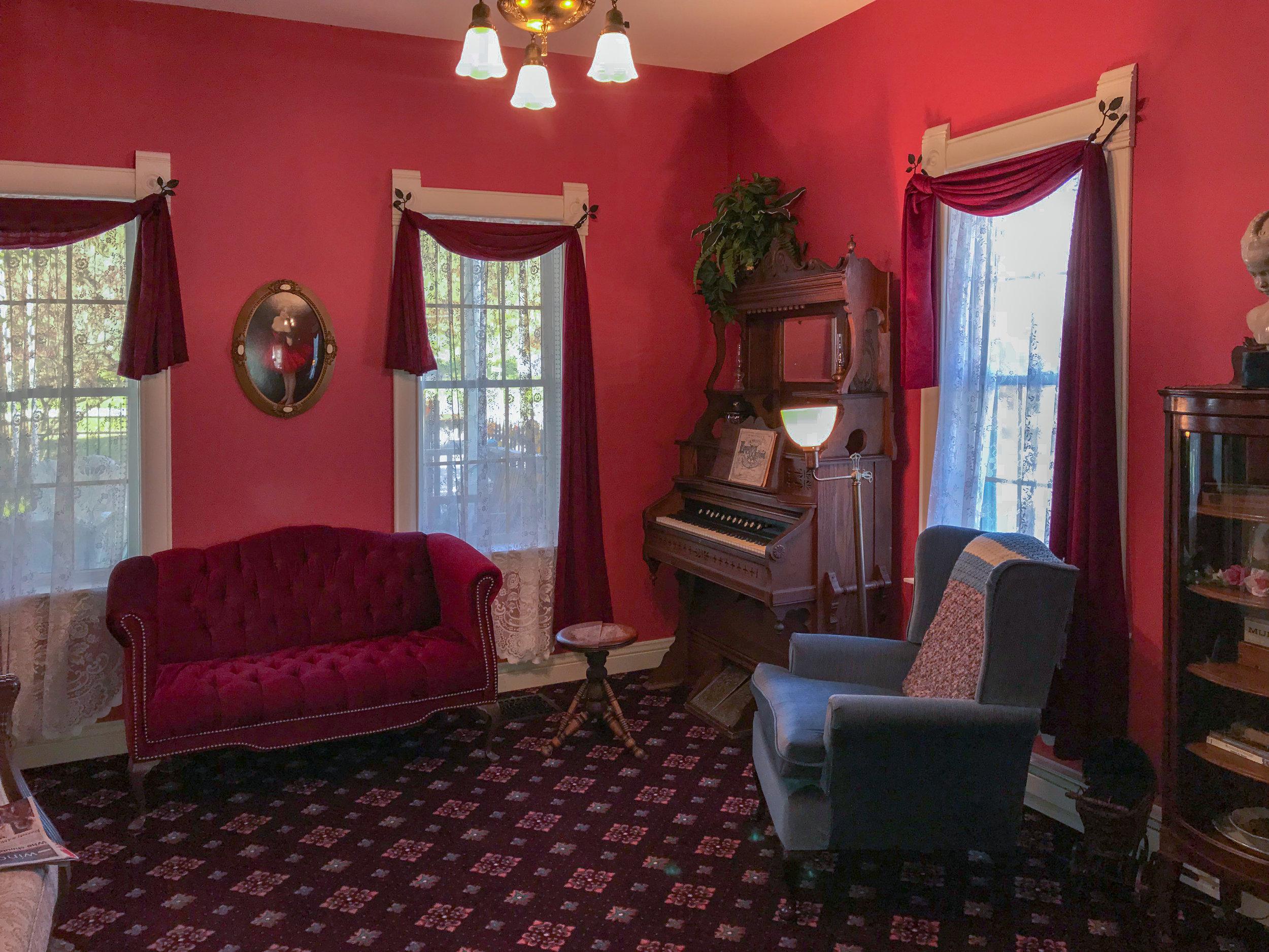 awi-inside-parlor-room-b.jpg