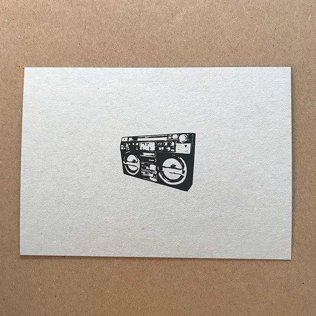 Wer weiß aus welchen Tracks unsere Quotes stammen? #wirliebenflyer #printedmatter #assotoclassic #assotosounds