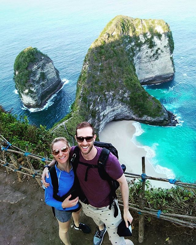 We did it!  We saw Kelingking Beach, which translates to 'pinky finger'. It looks so small in this picture but it's overwhelming HUGE with its 400m cliffs.  I couldn't have done it without the amazing @jackiehougham. We booked a day trip to explore Nusa Penida. To me, seeing this beach was the pinnicle part of our travels. The day before we went, I came down with a fever and was pretty much useless. Jackie took care of me and lathered me with oils so that I could function. That day we climbed 131 flights of stairs, close to the CN Tower climb. What an amazing day and one I'll never forget.  #kelingkingbeach #nusapenida #somanystairs #doterraoils #amazingwife