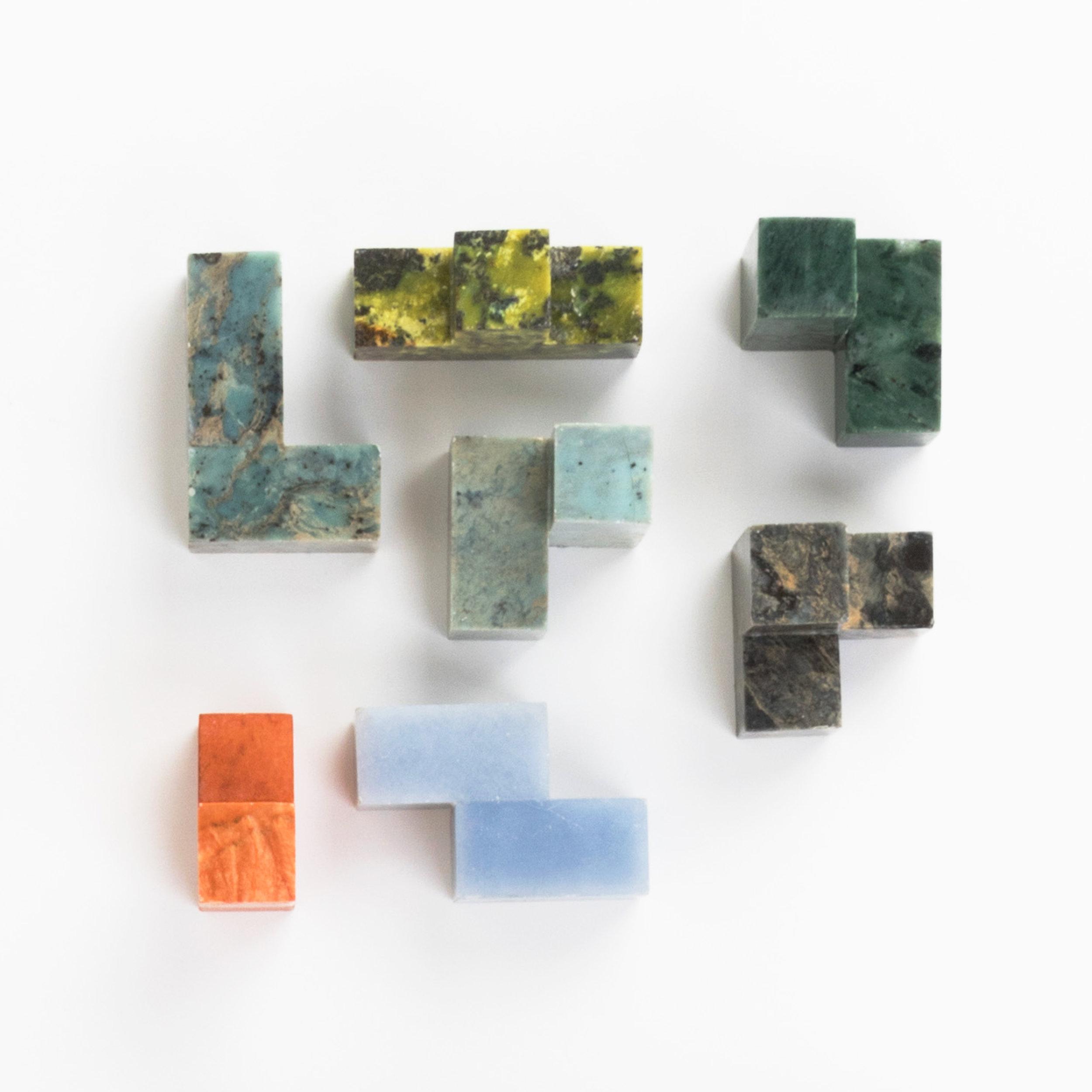DAR-Projects-Kux-Games-Cube2.jpg