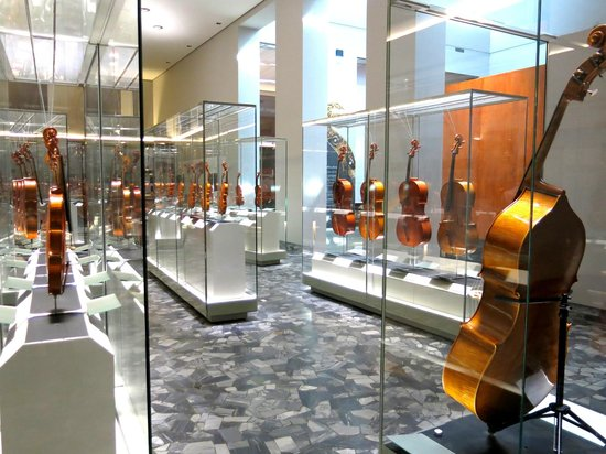 INSTRUMENTS ON DISPLAY AT THE CREMONA TRIENNALE VIOLIN MAKING COMPETITION