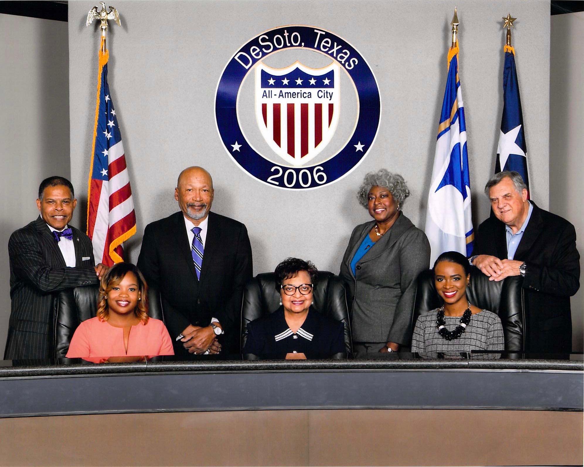 DeSoto City Council Group Picture 2016_2017.jpg