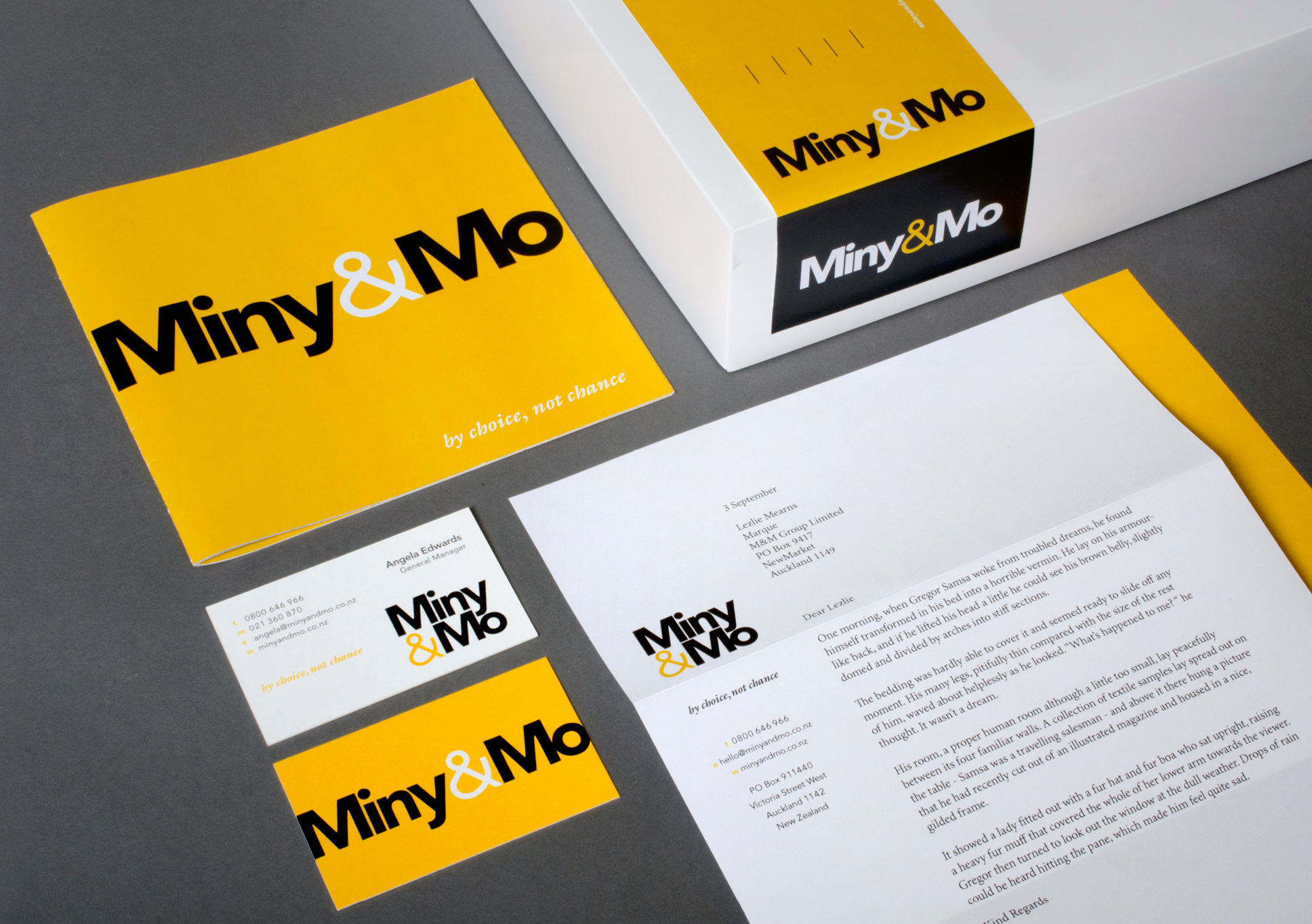 Miny&Mo print material