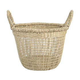 Seagrass basket - low  Price: $4.00  Qty: 2