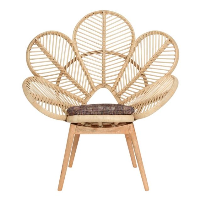 Love chair - natural  Price: $60.00  Qty: 2