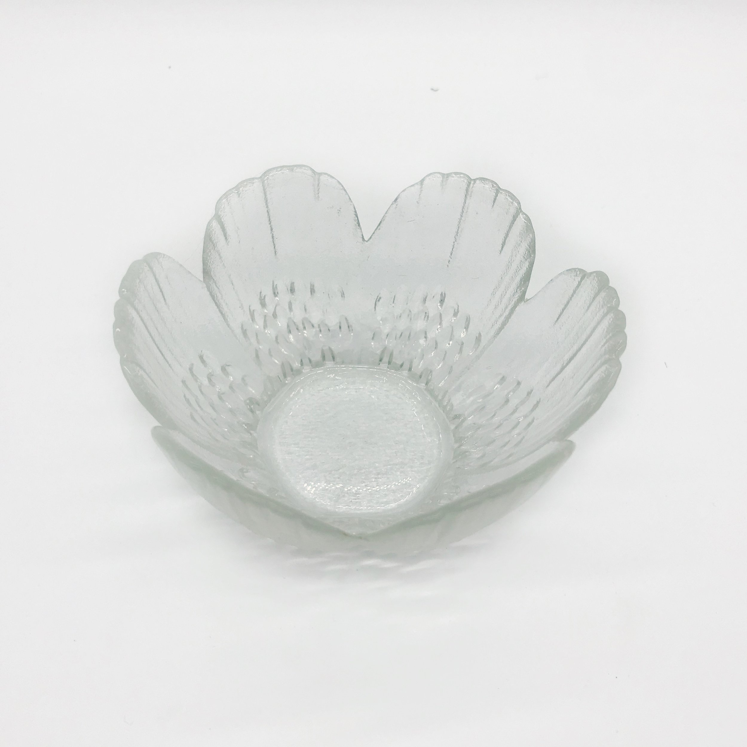 Bowl - glass (small)  Price: $2.00  Qty: 1