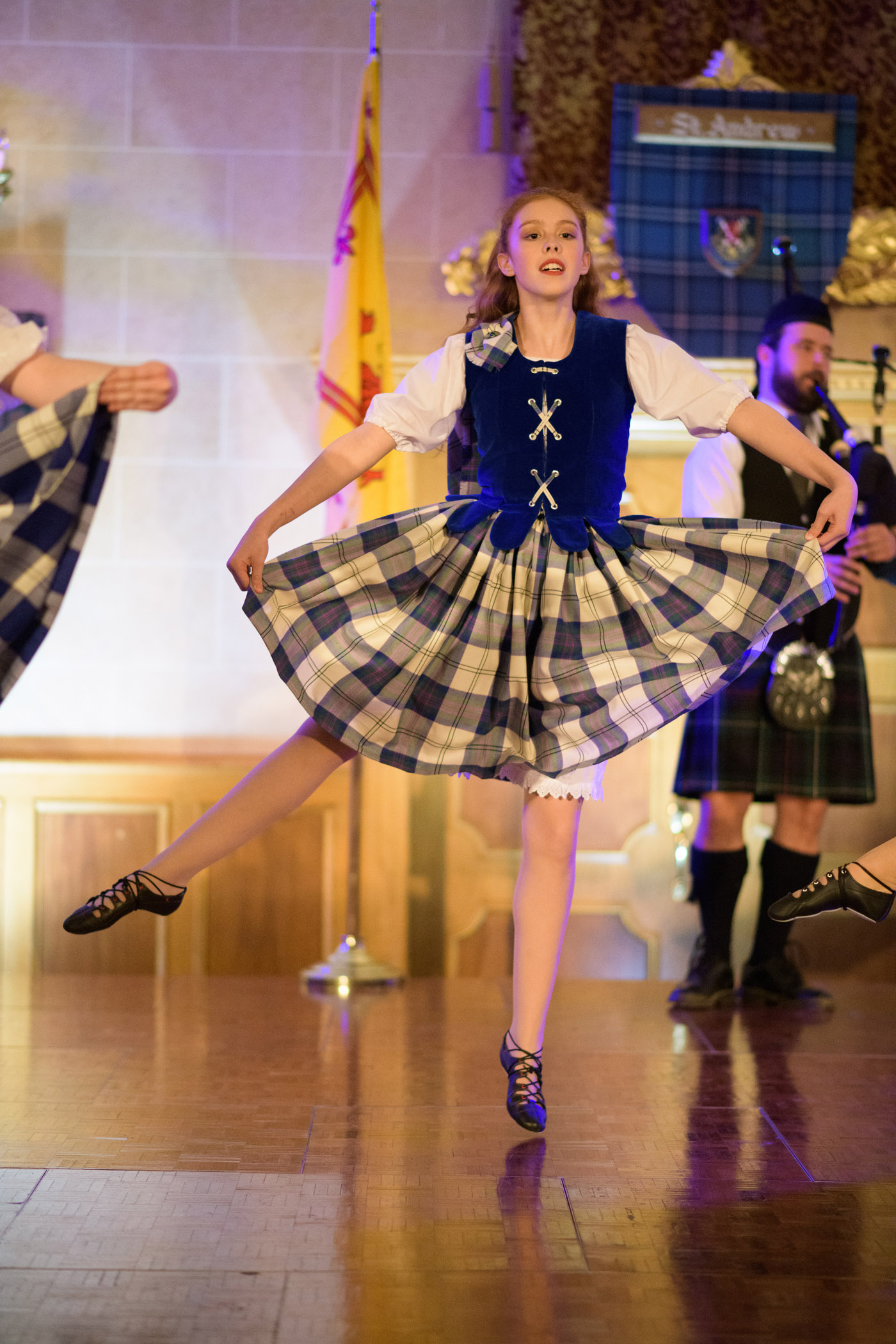 st-andrews-robert-lowdon dancer _128.jpg