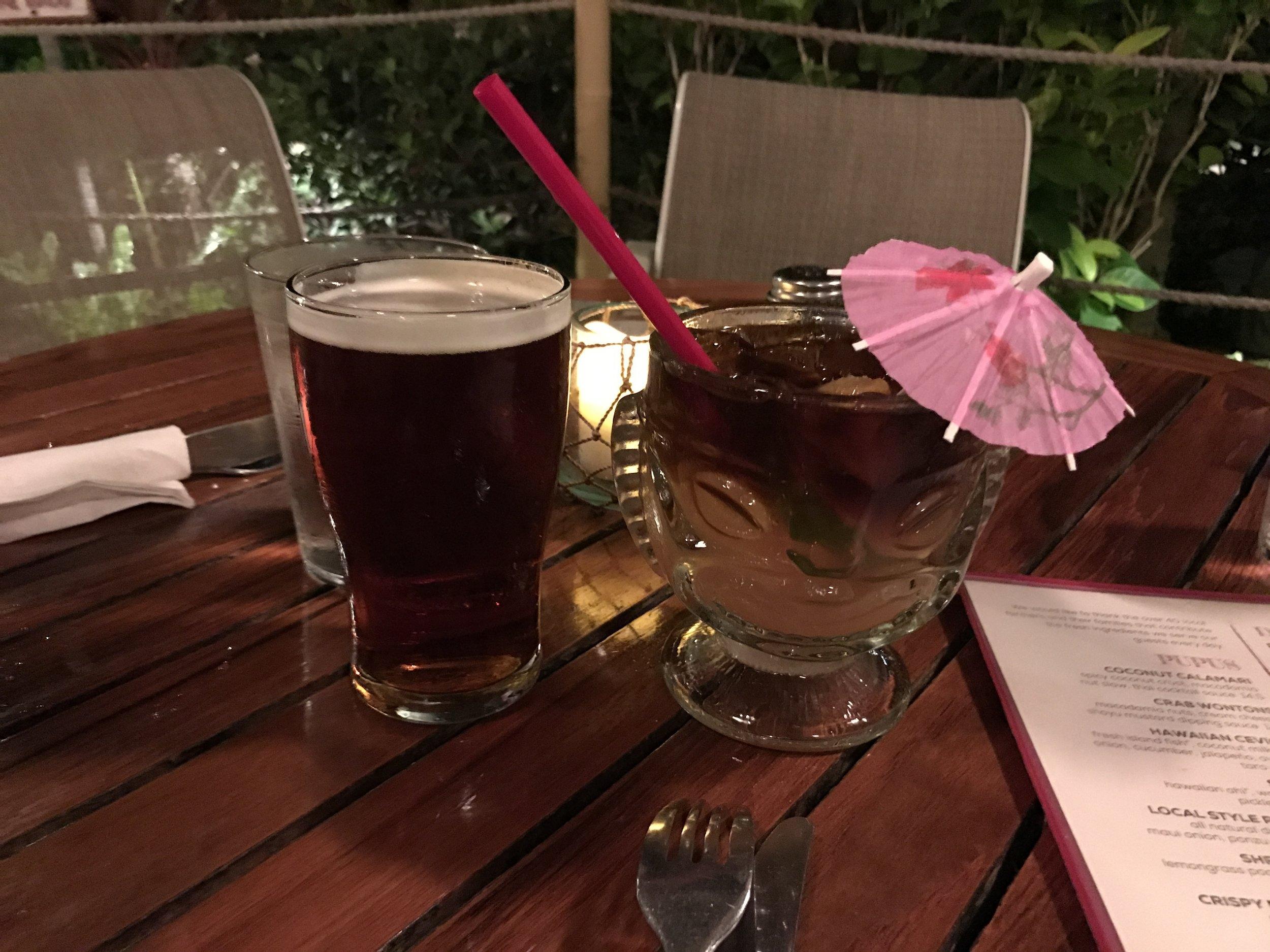 Mai Tai and Beer at Hula Grill Barefoot Bar in Kaanapali Beach - Maui, Hawaii