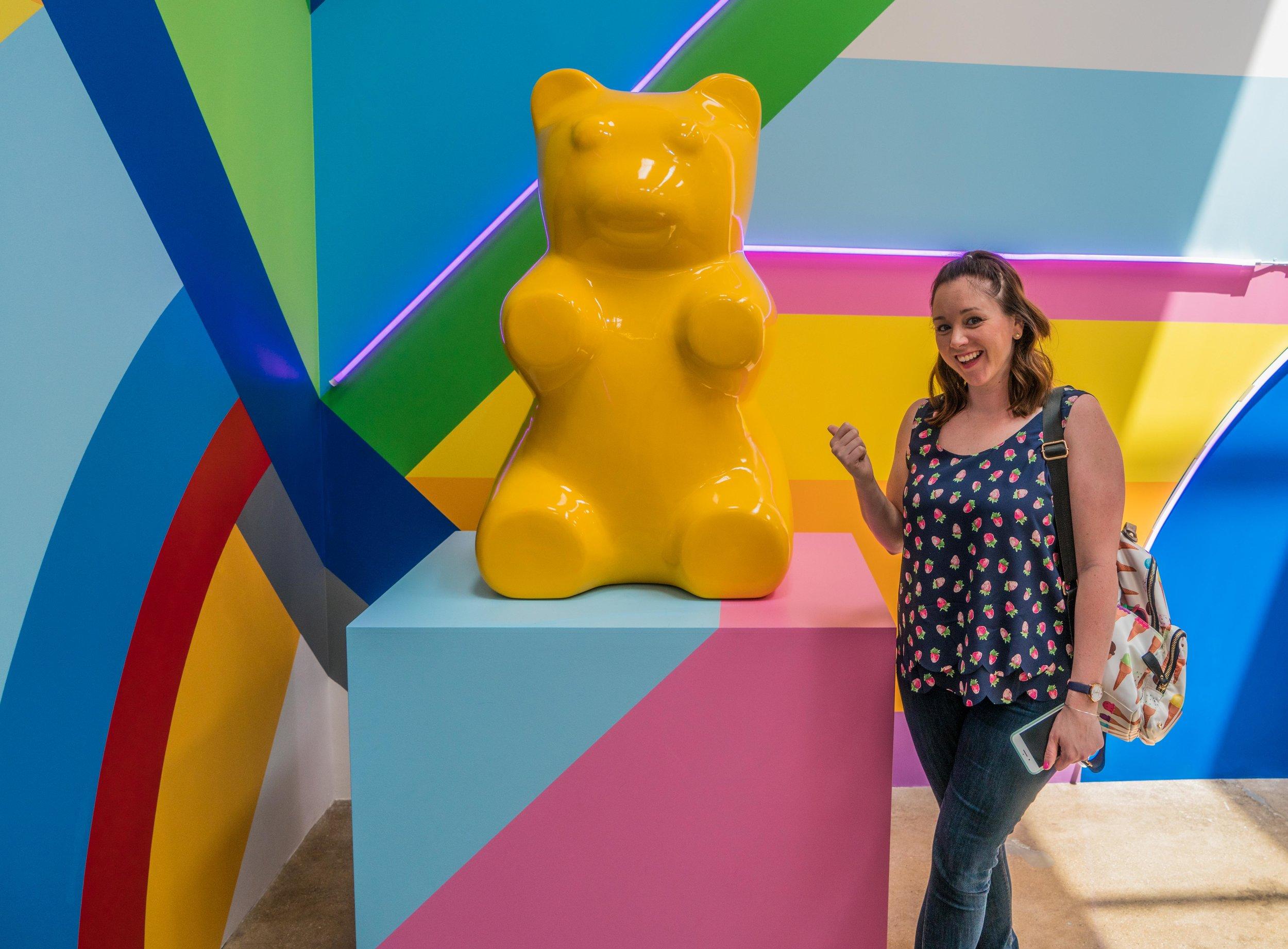 Ice Cream Museum_Giant Yellow Gummy Bear