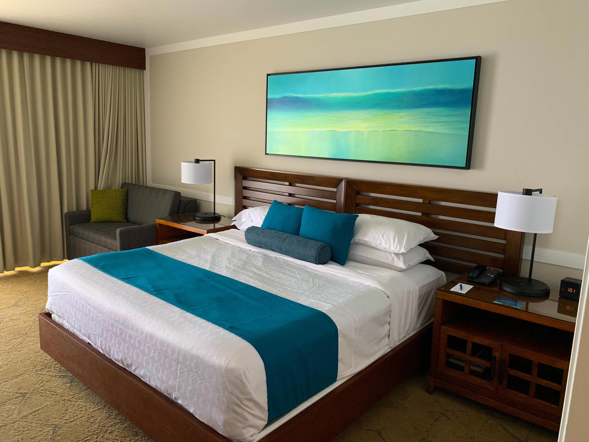 Sheraton Maui Resort Deluxe Ocean Front Room Bedroom