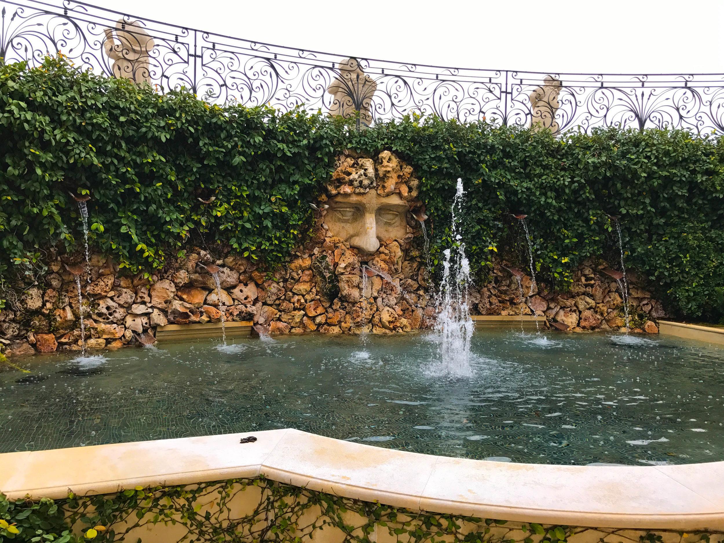 Del Dotto Venetian Estate Winery - fountain