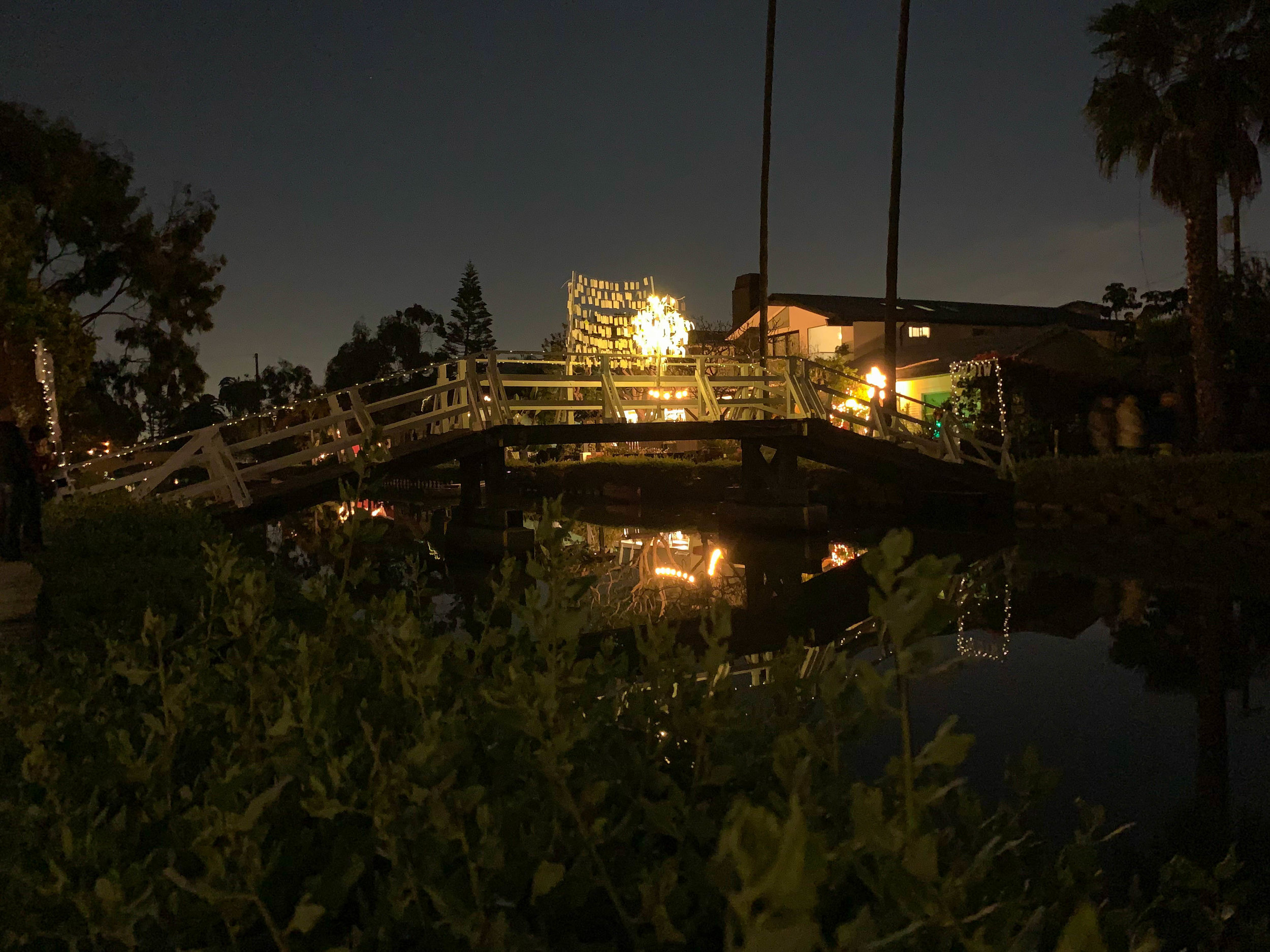 Christmas Lights in Los Angeles Venice Canals - Bridge Decorations Wish