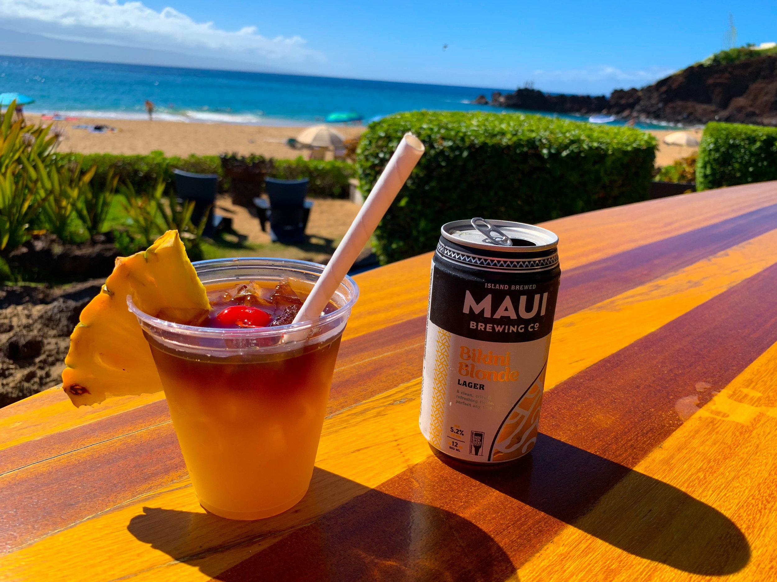 Maui Hawaii Cliff Dive Bar - Sheraton Hotel