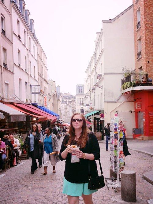 Chocolate+Croissants+on+the+streets+of+Paris+-+Wandering+Jokas+Travel+Blog.jpeg