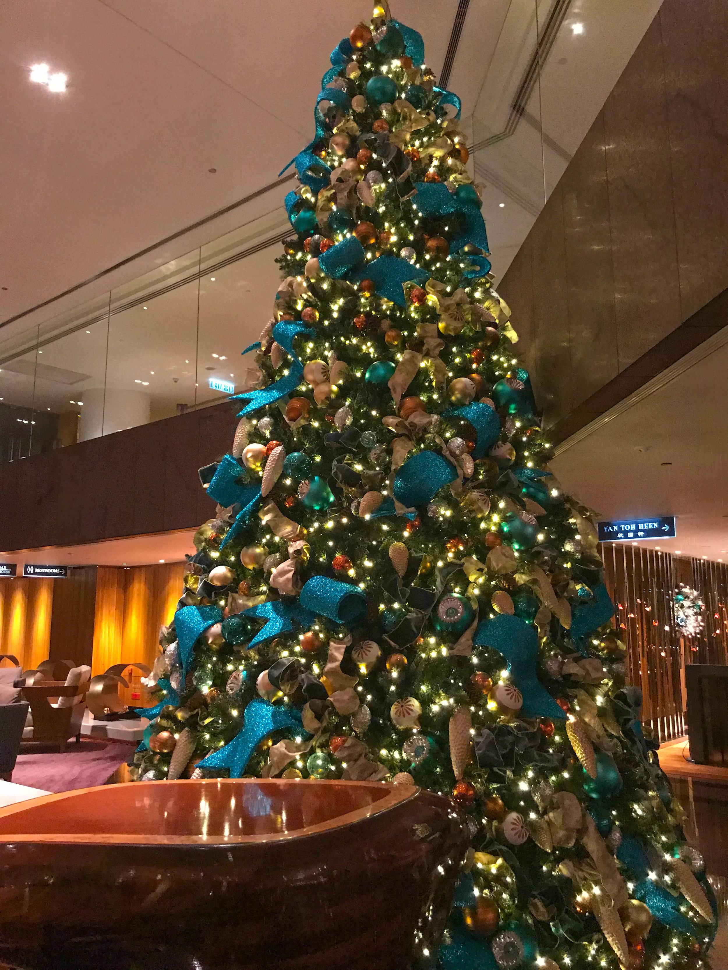 Hong Kong Intercontinental Lobby Christmas tree