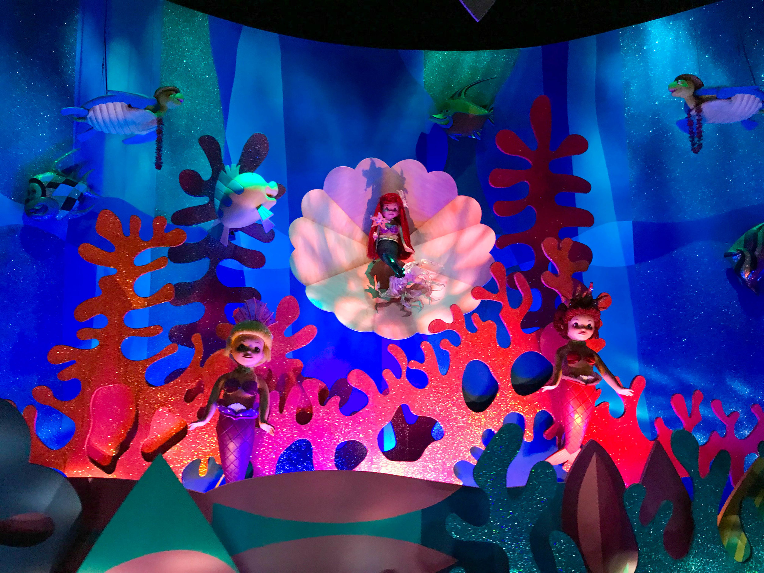 Hong Kong Disneyland - Small World Little Mermaid