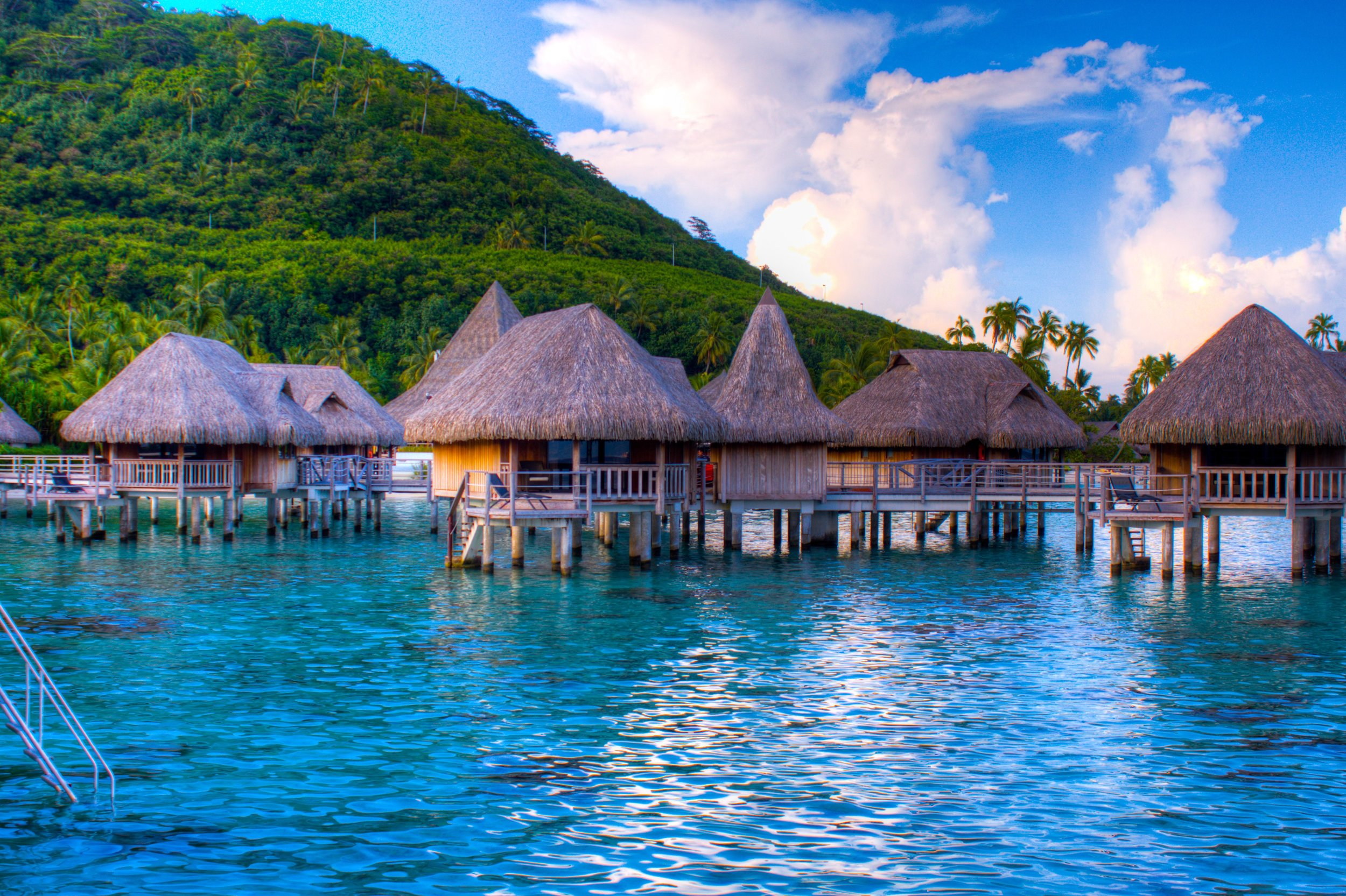 Things to do in Paradise - Swimming to Buggy rides, see what we did in Moorea, French Polynesia!