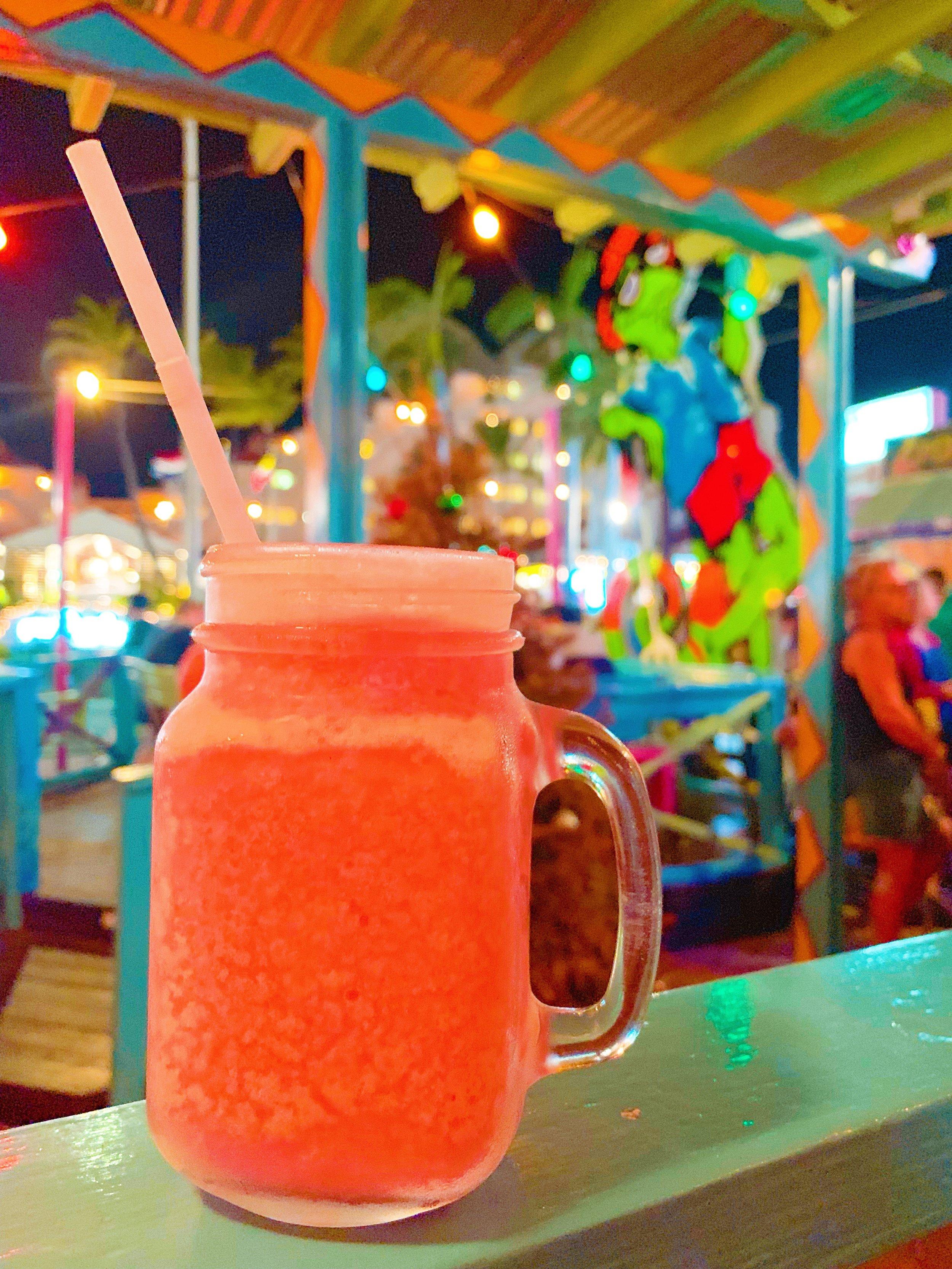 Smokey Joes Aruba - Pink Iguana