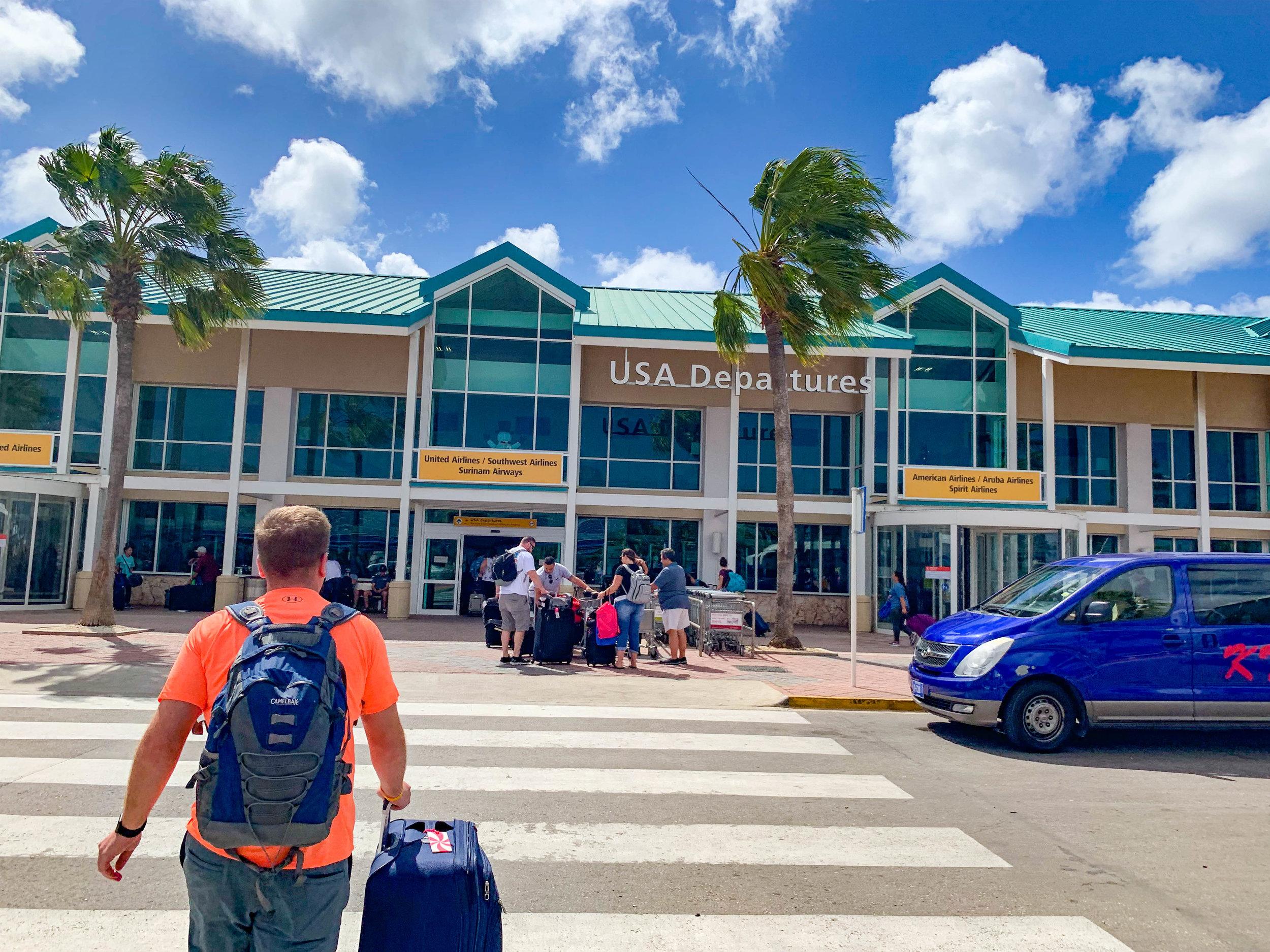 Aruba Airport US Departures.jpg