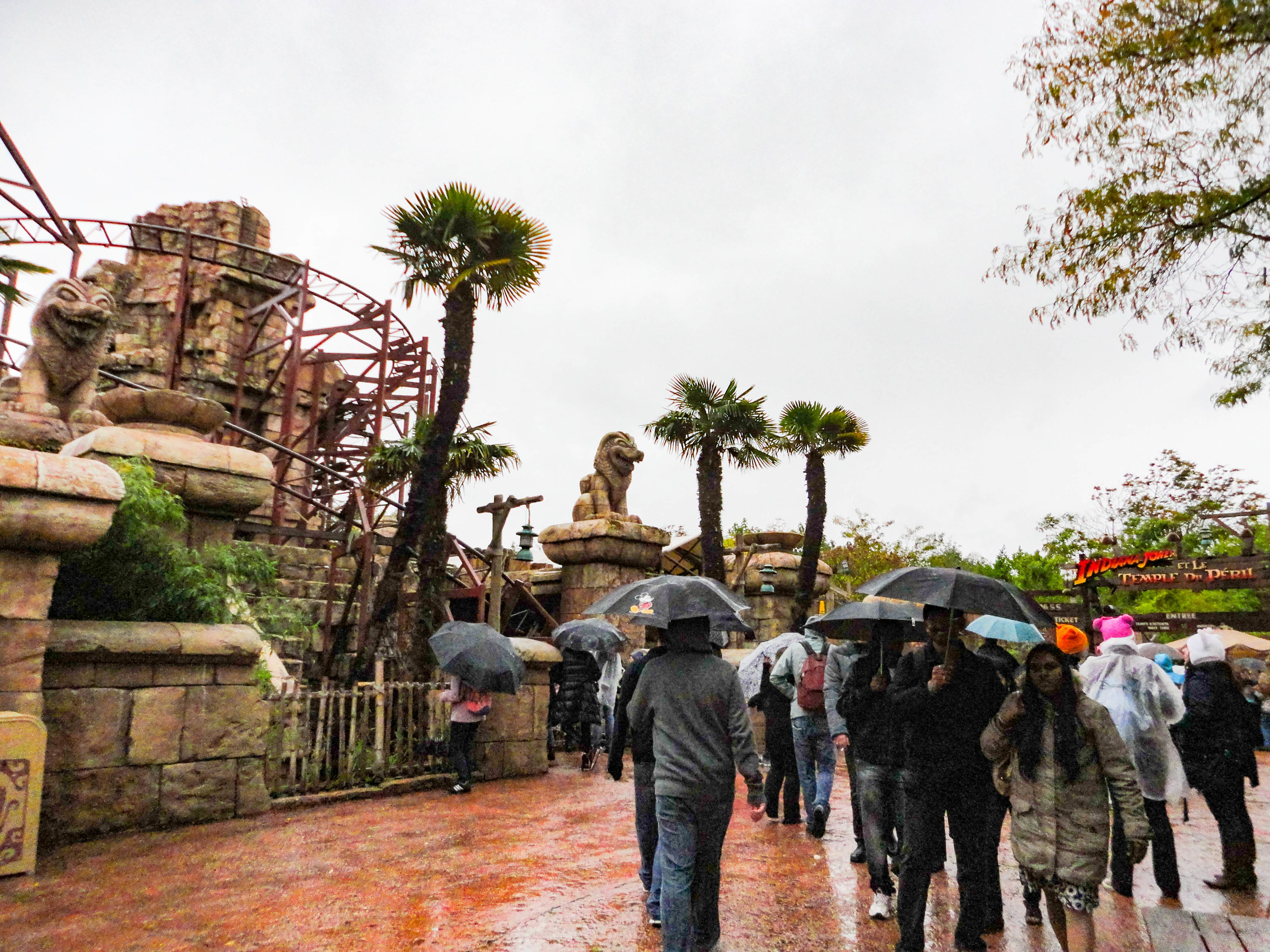 Paris Disneyland-INDIANA JONES ET LETEMPLE DU PÉRIL.jpg
