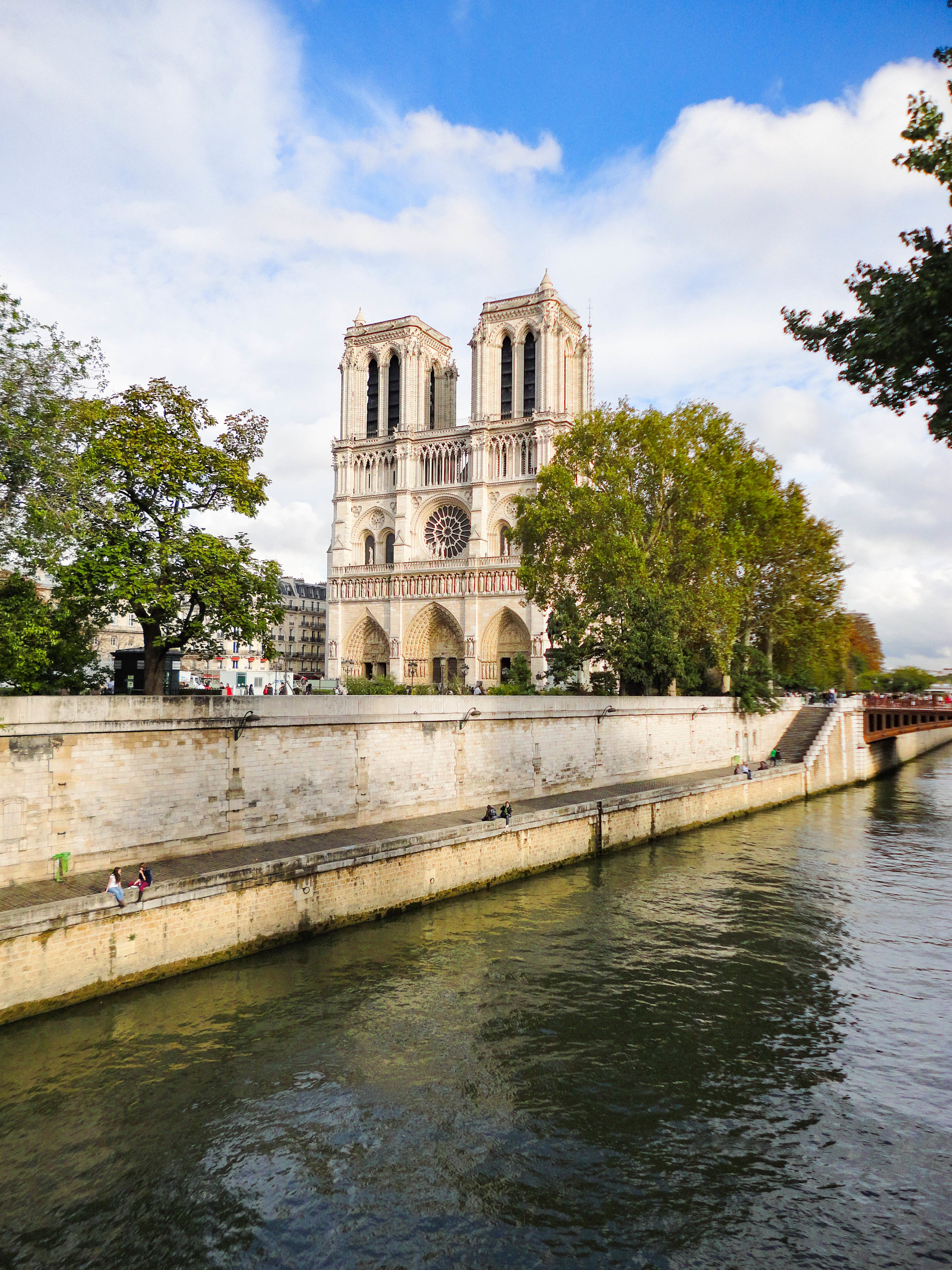 Paris - Want to see Paris in 1 day? We have a guide for that!