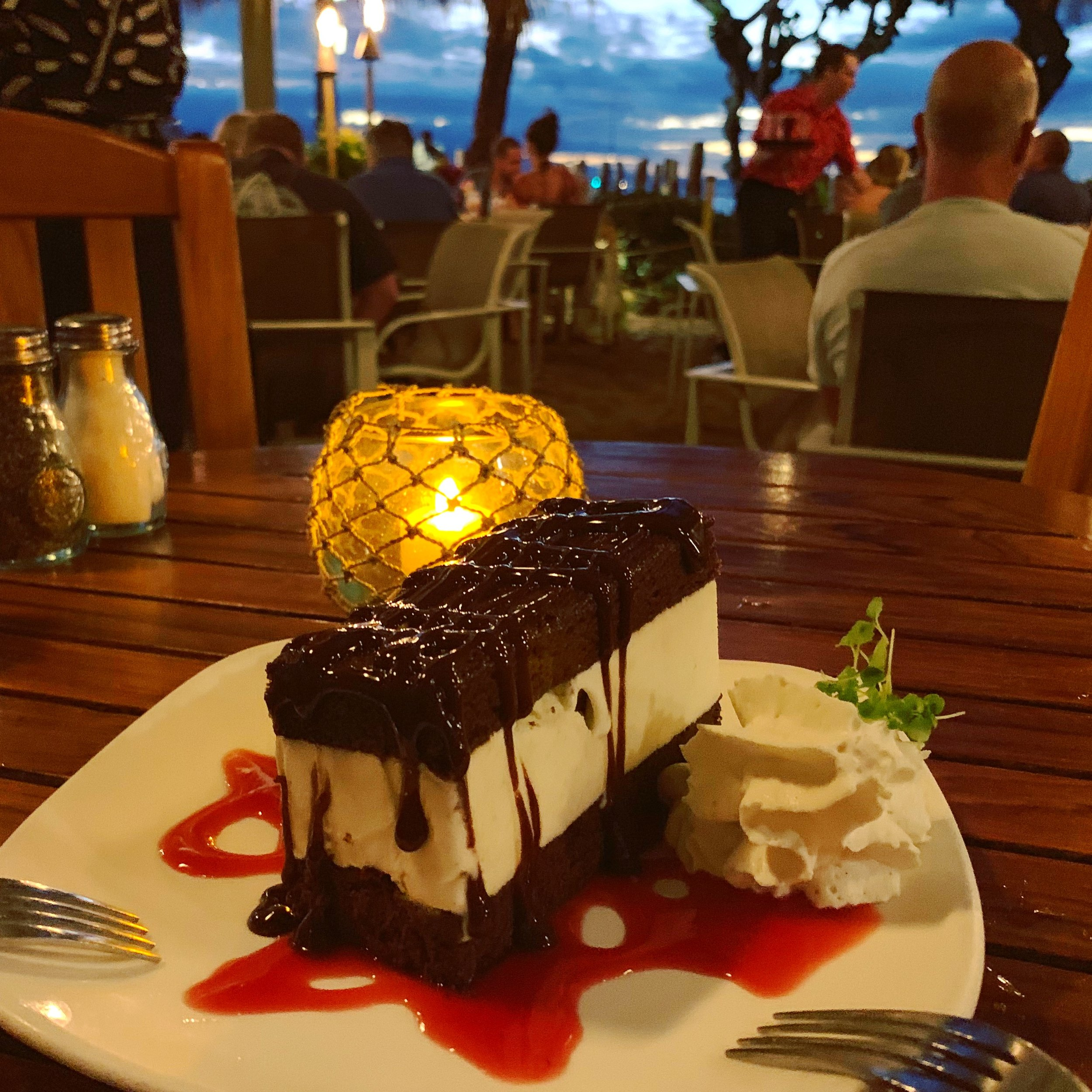 Ice Cream Sandwich - Hula Grill - Maui, Hawaii
