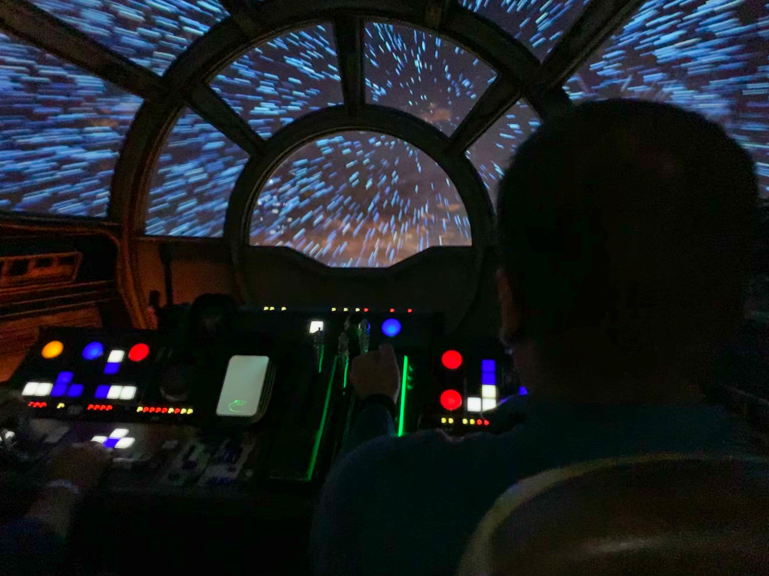 Millennium Falcon: Smuggler's Cove ride