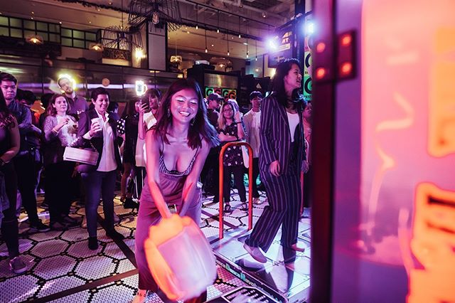 When you go to a party and get to hit things at the same time. Throwback to Singapore's Arcade Session party. Look out for their next one this coming July! . . . . . #gsession #gsessionofficial #gsessionarcade #party #hotelparty #themeparty #nightlife #dance #travel #lifestyle #lifestylehotel #hotelgsingapore #hotelsg #singapore #wheninsingapore #childhood #arcade #prizes #sponsored #livemusic #dj #events #promoter #wackamole #hammer #gamer #arcade #machine
