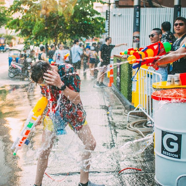 Splash(es) of water for a Monday morning wake up. Stay tuned for our next theme session party! . . . . . #throwback #waterfestival #nightlife #hotelparty #partytime #drinks #rave #dj #edm #festival #songkran #pullmanbangkokhotelg #housemusic #techno #water #songkranfestival #thainewyear #watergun #waterfight #reflection #sand #boat #wave #musicfestival #concert #livemusic #festivalseason #edmlife #musicphotography #lifestylehotel