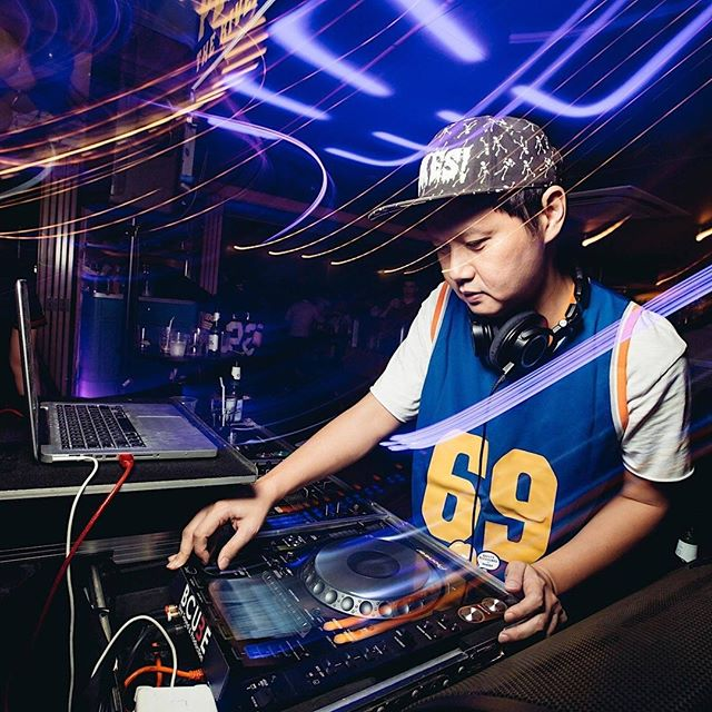 Catch DJ KiDG @kkkidggg at G Session 2019: Glochella! Wednesday, 10 July 2019, 7PM til LATE!  Contrary to some in the community attesting that he is an Indie Prophet, DJ KiDG sees himself more as a Music Schizo. Not surprising for the resident DJ of POPTART, GUILTY PLEASURES, and TIKO DISKO, who professes to have an obsessive appetite and eclectic taste in every imaginable genre of music that runs a gamut from indie rock and white boy funk, to soul, dub and mind-warping electronics, come expecting an untypical dance set whenever KiDG takes the decks. . . . . . #gsession #gsession2019 #glochella #hotelgsingapore #hotelsg #gsessionofficial #DJKiDG #party #partytime #hotelparty #themeparty #nightlife #lifestylehotel #singapore #travel #discoverSG #igtravel #sginsider #sgis #igsg #instasg #travelstories #wonderfulplaces #traveldiary #hotelfun #bohemian #neon #music