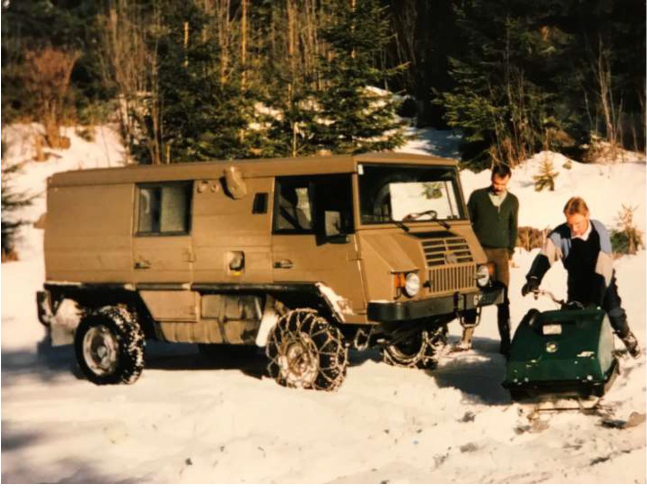 Pinzgauer TD prototype in action (1985)