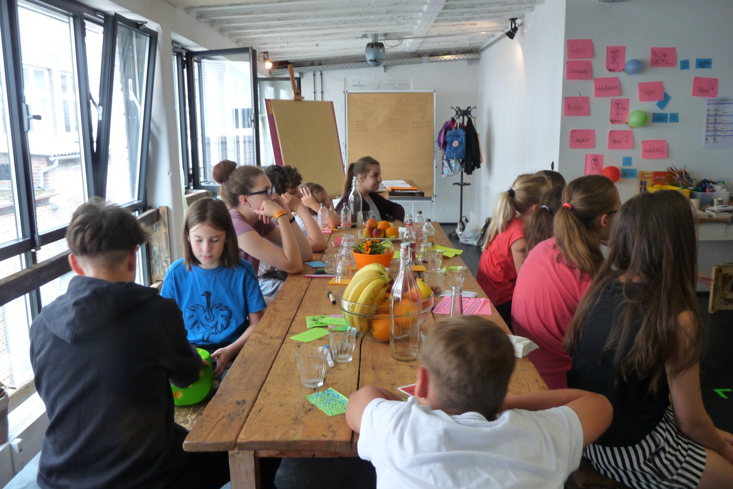 Spannende Schülerprojekte - Von der Zukunftsferienwerkstatt bis zur Juniorfirma….