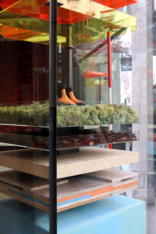 Architecture-London-Design-Freehaus-Camper-Window-Regent-Street-1.jpg