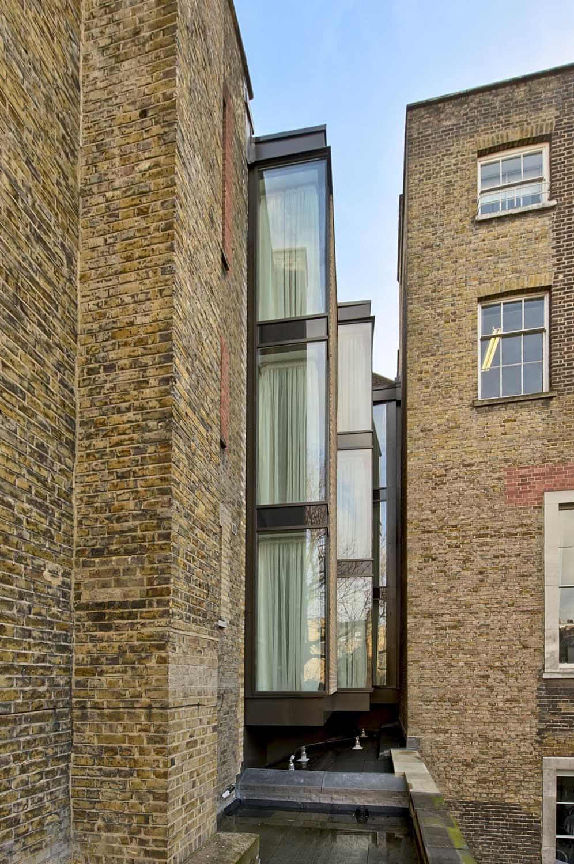 Architecture-London-Design-Freehaus-Hotel-Oriental-Club-1.jpg