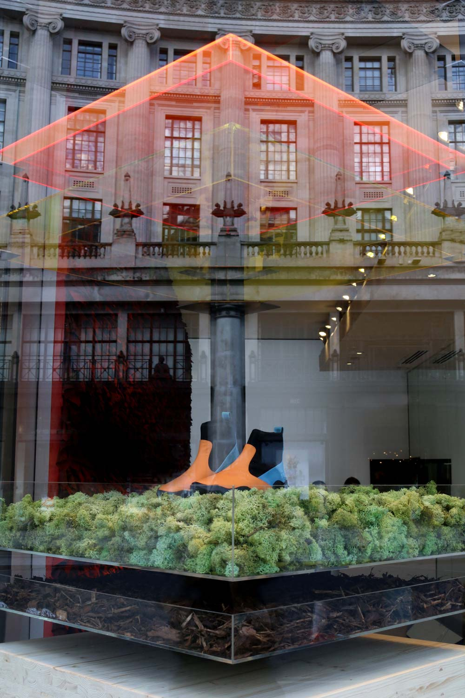 Architecture-London-Design-Freehaus-Camper-Window-Regent-Street-10.jpg