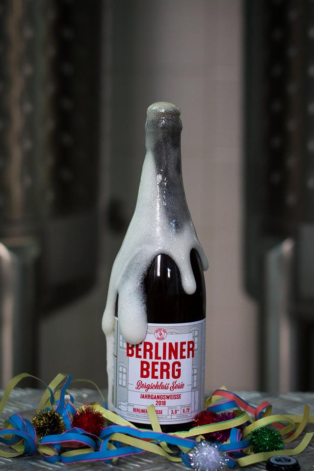 Berliner Weiße Gipfel - On Sunday 2nd June we celebrate the Berliner Weiße Gipfel with our friends from @berlinerbergbrauereiWe'll be offering a set menu composed of our sharing dishes, alongside a range of sour beers, cider & other rarities from Berliner Berg by the glass, bottle & tap!Sample Menu:Rosemary Focaccia & Olive OilCheddar Choux BunsCelery, Apple & Young BuckMullet, Tomatoes & SorrelGreen Asparagus, Goats Curd & ChervilPici, Spinach & PinenutsMutton, New Potatoes & Wild Garlic Chocolate Mousse, Cardamom & Olive Oil42€ p.p