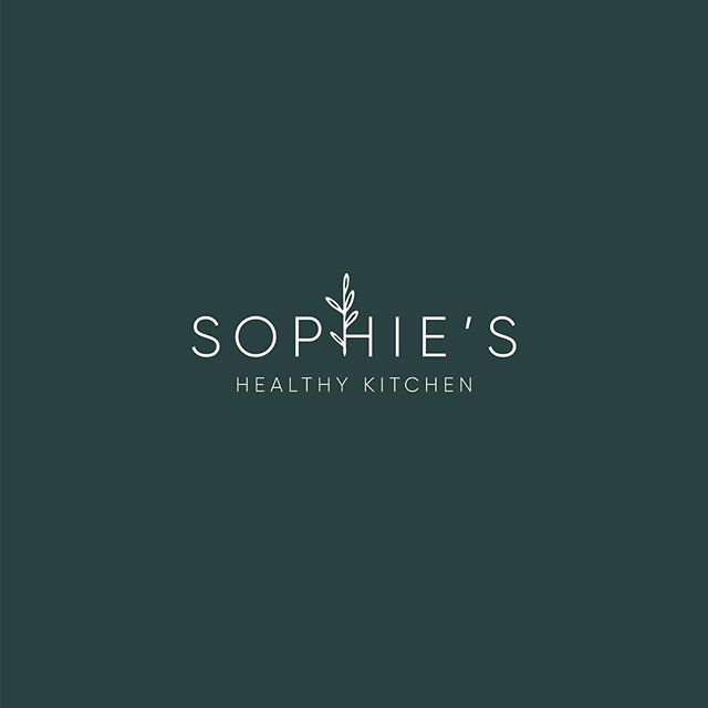 Secondary logo for a Sunday evening post ☺️ still in love with this design, one of my favourites 💚 . . . #melonandink #logodesigner #logoshop #logologo #brandingidentity #brandingdesigner #branding101 #visualidentity #identitydesign #brandstrategy #brandstrategist #personalbranding #businessbranding #personalbrand #styleyourbrand #brandstylist #brandstyling #brandingtips #secondarylogo #illustrativedesign #nutritionists #balancedlifestyle #lifestylebrand #womeninbiz #femaleentrepreneur #nutritionbrand #recipedeveloper #recipedevelopment